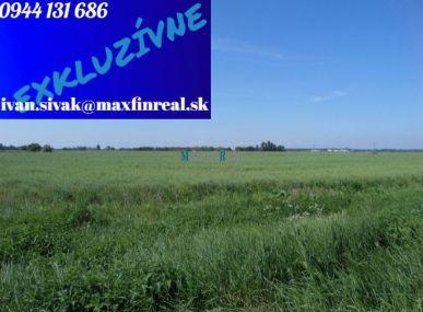 EXKLUZÍVNE LEN MAXFIN REAL-Vám ponúka na predaj pozemok-Michal nad Žitavou-10128m2