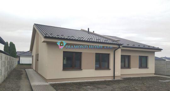 EXKLUZÍVNA PONUKA!!! LEN U NÁS!!! DIAMOND HOME s.r.o. Vám ponúka na predaj poctivo stavaný 3izbový komfortný rodinný dom (dvojdom) neďaleko od Dunajskej Stredy v obci Horná Potôň!