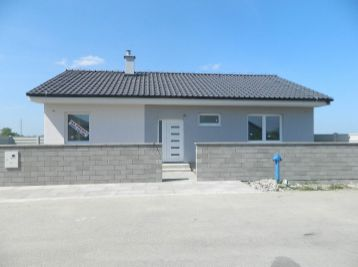 Predáme 4-izb. novostavbu rodinného domu v Gáni