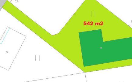 Novostavba bungalov - rodinný dom 4+KK  s pozemkom 542 m2, 22 km od B. Bystrice - 215 000€