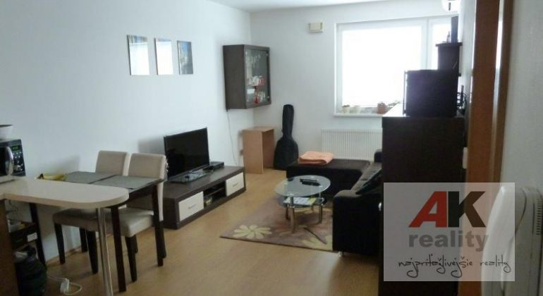 Prenájom 2 izbový byt Bratislava-Ružinov, Kaštieľska