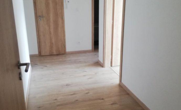 REZERVOVANÉ!! Spoločnosť Fair Play reality s.r.o. Vám ponúka na prenájom  3 izb byt v novostavbe na Zlatovskej ulici v Trenčíne
