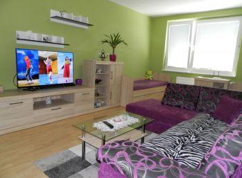 MAXFINREAL- ponúkam na prenájom pekný 2- izb. byt - Vráble
