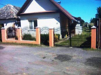 Dom (chalupa)  200 m2  s obytným podkrovím, BAZÉN, na krásnom slnečnom pozemku 1300m2
