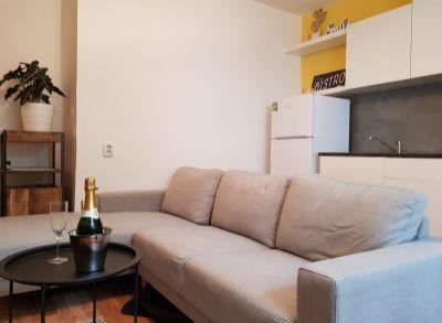 REZERVOVANÉ: Exkluzívne 2-izbový apartmán na Oravská ul. Nivy. Pri Cvernovke.