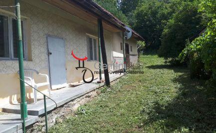 GEMINIBROKER Vám ponúka dom v pôvodnom stave v obci Tornaszentandrás.