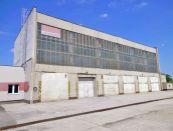 Výrobný areál s voľnou plochou v Nitre na prenájom
