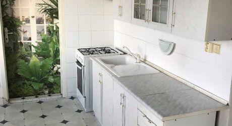 PREDAJ - čiastočne prerobený 3 izbový byt s balkónom v Komárne