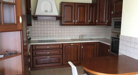 Prenájom 4 izbového bytu v novostavbe z 2 garážovými státiami a terasou na Saratovskej ulici v Dúbravke