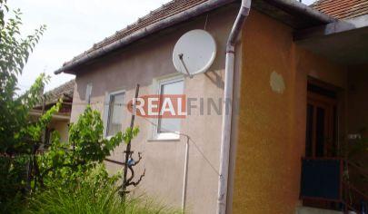 REALFINN - ŠURANY - Rodinný dom na predaj s pozemkom 3200 m2