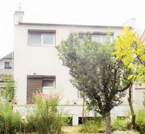 StarBrokers - 4 - izb. rodinný dom, začiatok Rovinky, ul. Vojenská, pozemok 796 m2