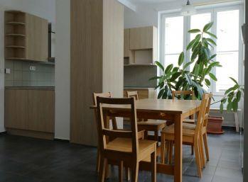 Ba I. 4 izbový byt na Krakovskej ulici