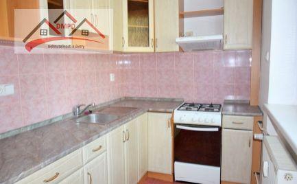DMPD real Vám ponúka na predaj  2-izbový byt v Prievidzi  časť Staré sídlisko.
