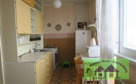 REZERVOVANÉ!!Pekný 2-izbový byt,  balkón, vyhľadávaná lokalita, Levice