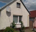 Ponúkame na predaj 3 izbový rodinný dom v obci Čáre