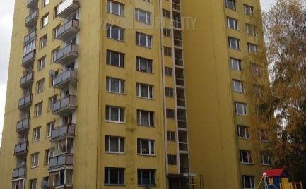 Veľký 2 izbový byt - typ U, 65 m2 s lodžiou,  B. Bystrica - po čiastočnej rekonštrukcii – cena  -75  000,- Eur