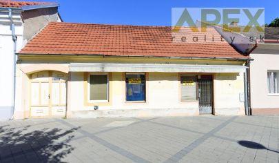Exkluzívne APEX reality - polyfunkčný objekt v centre HC, poz. 561 m2, ul. M.R.Štefánika
