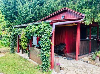 Úľany nad Žitavou - predaj pozemka s chatou v záhradkárskej oblasti