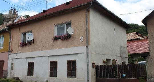 Predaj rodinného domu v meste Modrý Kameň.