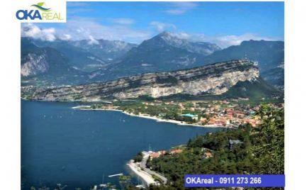 Na predaj vila nad jazerom  Lago di Garda v Taliansku