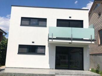 Ba V.- Jarovce- Nový rodinný dom so záhradou