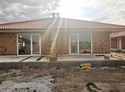 Krásne 3-izbové dvojbungalovy v tichej rezidenčnej časti rodinných domov
