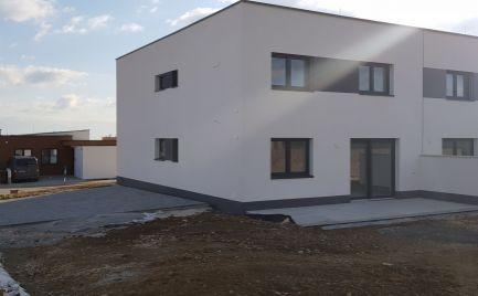 Predám 4 izb.byt  - Nitra pod Zoborom.