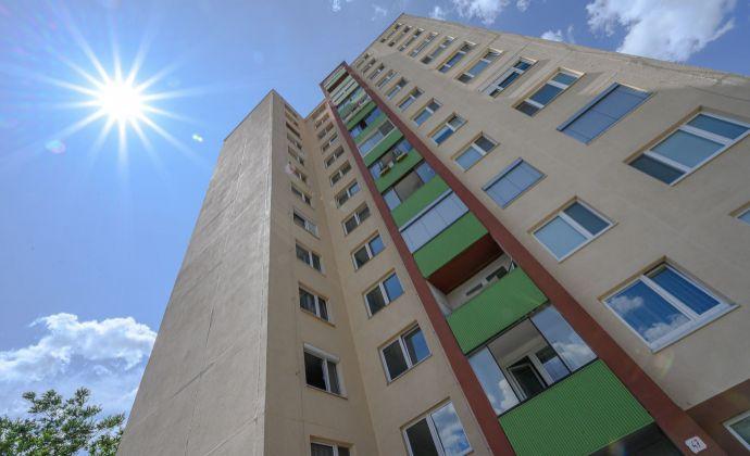3 izb byt, čiastočne zrekonštruovaný, čiastočne zariadený, pekný výhlad.