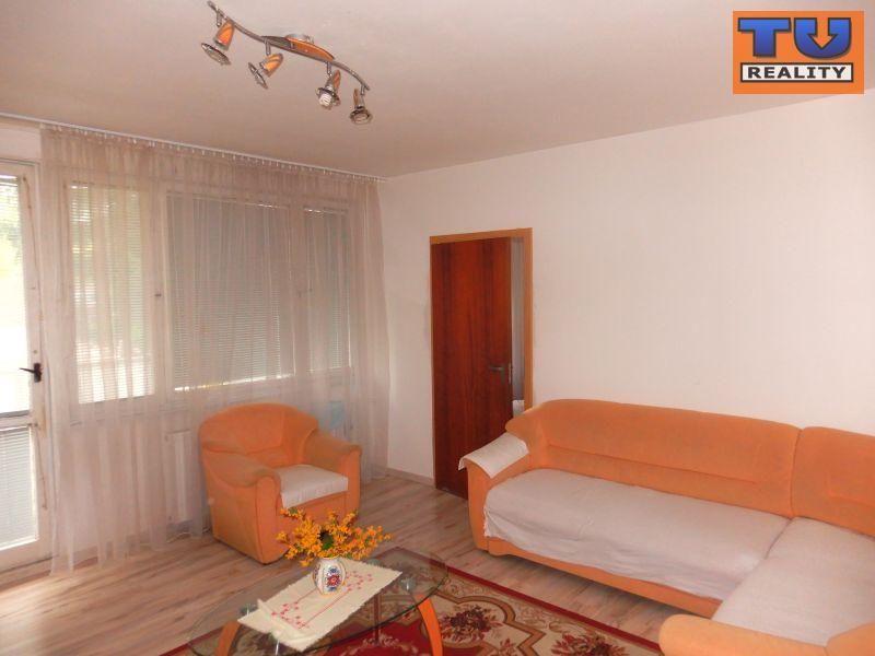 4-izbový byt-Predaj-Brezová pod Bradlom-62000.00 €