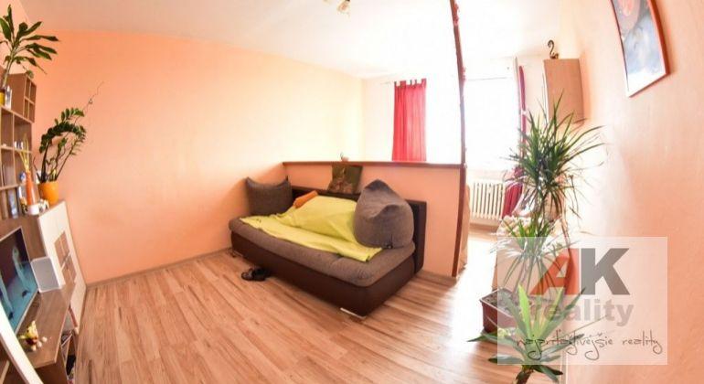 Prenájom 1 izbový byt Bratislava-Podunajské Biskupice, Hronská