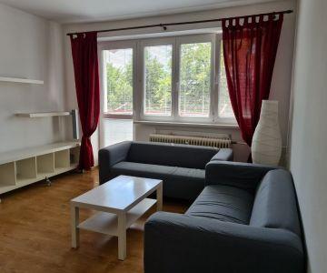 Na prenájom zariadený 2-izbový byt v centre Liptovského Mikuláša, voľný od 1.7.2020