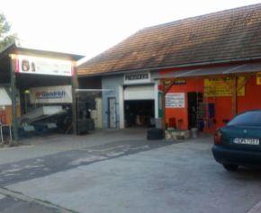 Predaj domu na podnikateľské účely Kalná nad Hronom 24-14-MIK