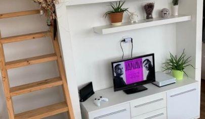 Predaj slnečného 1izbového bytu v dobrej lokalite Bratislava - Nové Mesto.
