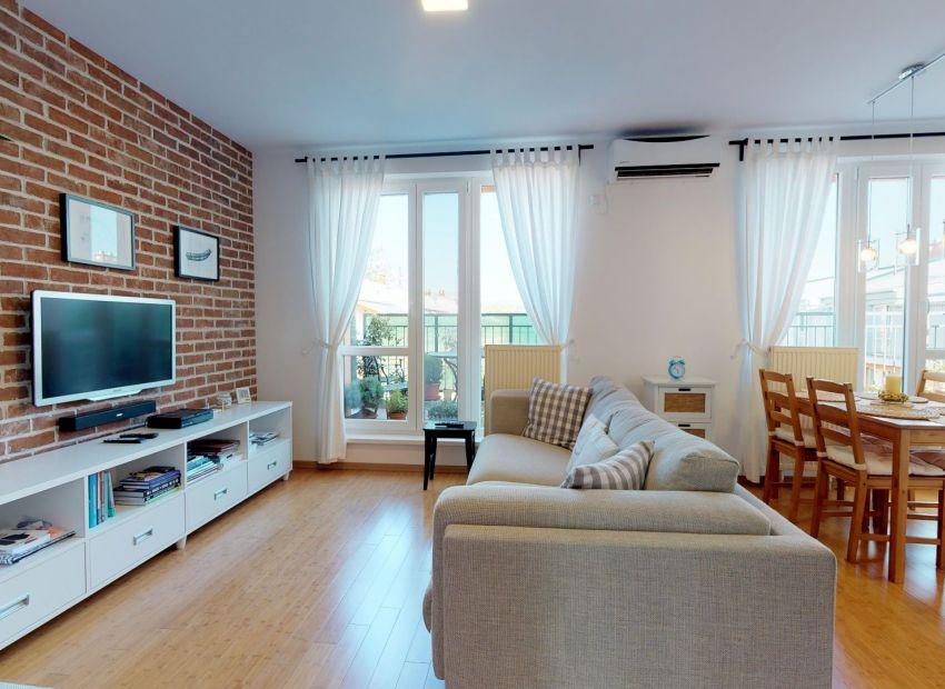 Výnimočný 3 izb. byt /vlastné kúrenie, veľká terasa, klimatizácia/ Piešťany