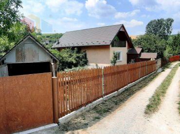 VRBOVÉ - 3 IZBOVÝ DOM PRI ČERENCI S POZEMKOM 1255 M2