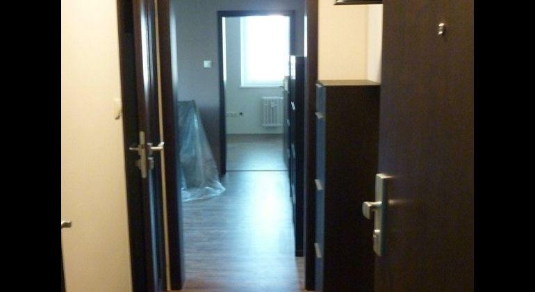 Prenájom 2 izbový byt Bratislava-Dúbravka, Schneidera - Trnavského