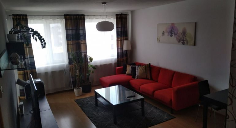 Prenájom 2 izbový byt Bratislava-Karlova Ves, Majerníkova ulica