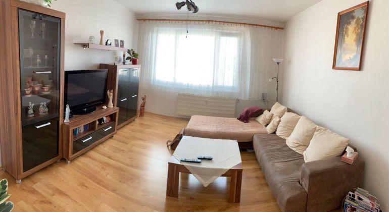 Dubnička / 3 izbový byt zariadený s pekným výhľadom