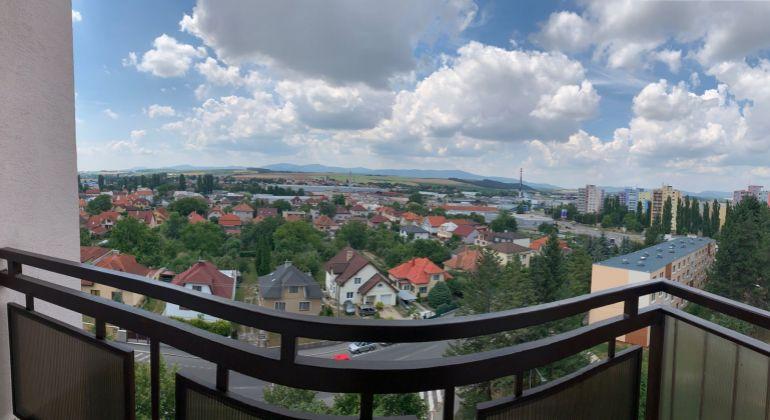 Sever/ 2 Izbovy byt v pôvodnom stave /pekný výhľad