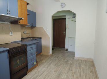 Na predaj pekný 2 izbový byt v Trenčíne na Kukučínovej ulici