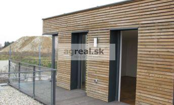 2-izbový byt so saunou a bazénom, Zlatá Noha, možnosť parkingu, od 09/2019