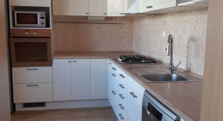 Kuchárek-real: Ponuka 3 izbového bytu v Pezinku.