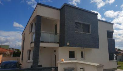 Nádherný rodinný dom Bratislava -Vrakuňa Top ponuka !!!
