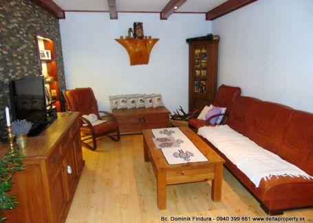 DELTA - Útulný, pekný 3-izbový byt s balkónom a malebným výhľadom na Tatry na predaj Poprad - Starý Juh