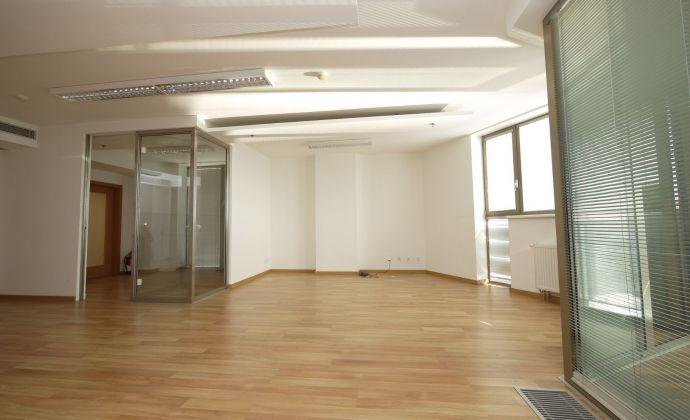 3-izbový apartmán - 114,60 m2 + balkón 9,19 m2 vo Vienna Gate, 9.posch., možnosť parkovania