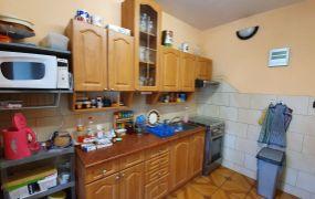 Na predaj 3 izbový byt s loggiou, 68 m2, čiastočná rekonštrukcia,  Dubnica nad Váhom - Pod Hájom.