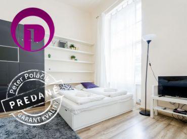 PREDANĚ - 1i byt, 35 m2 – BA – Staré Mesto: legendárna bratislavská ulica – Dunajská, priamo V CENTRE MESTA.