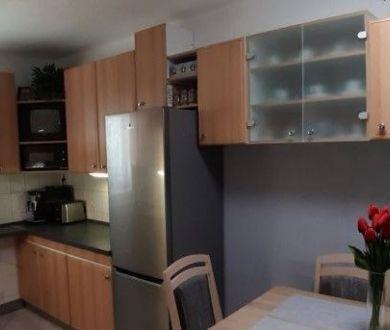 Ponúkame na prenájom 2 izbový byt v Ilave.