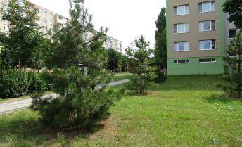 Ponúkame Vám na predaj 2 izbový byt v Senci , vo vyhľadávanej lokalite , na ulici Košická