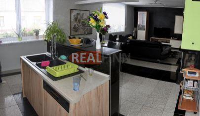 REALFINN  - MALACKY  - Dvojgeneračný rodinný dom na predaj